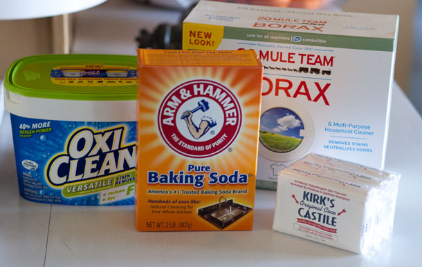 Laundry detergent: Cleaning... trying those homemade mixtures Life Currents https://lifecurrentsblog.com #natural #cleaning #clean #springCleaning #experimenting