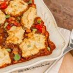 Southwestern Pot Pie with Buttermilk Biscuit Crust vegetarian dinner chili https://lifecurrentsblog.com